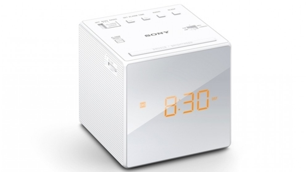 sony icf c1 fm am clock radio white radios sound systems headphones audio music. Black Bedroom Furniture Sets. Home Design Ideas
