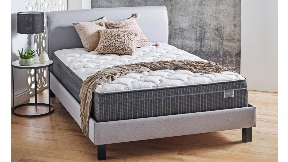 SleepMaker Dakota Deluxe Mattress