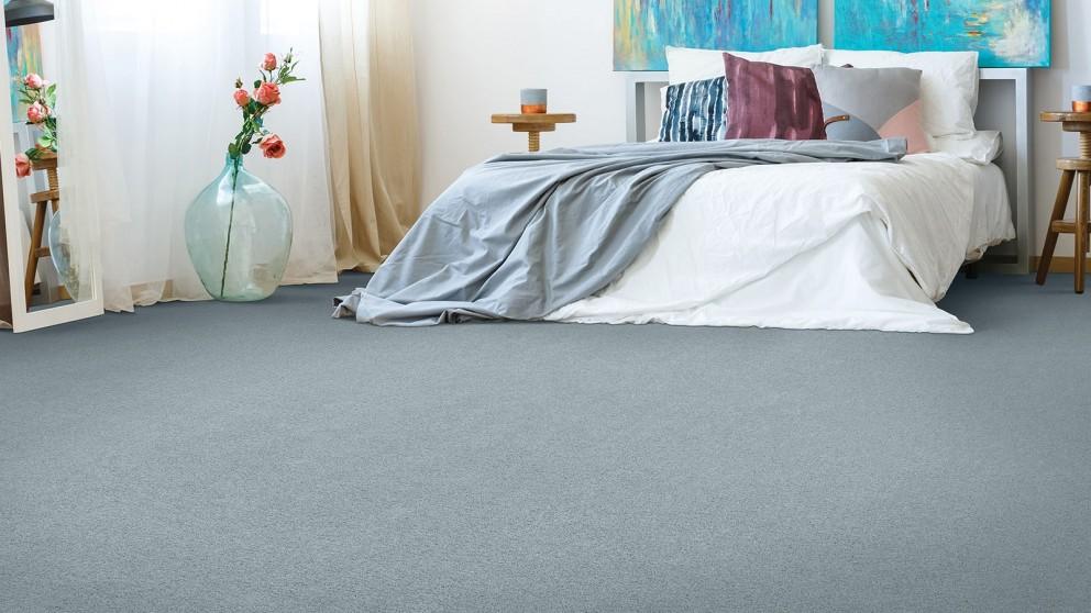 Smartstrand Silk Reserve Astonishing Softness Opera Blue Carpet Flooring
