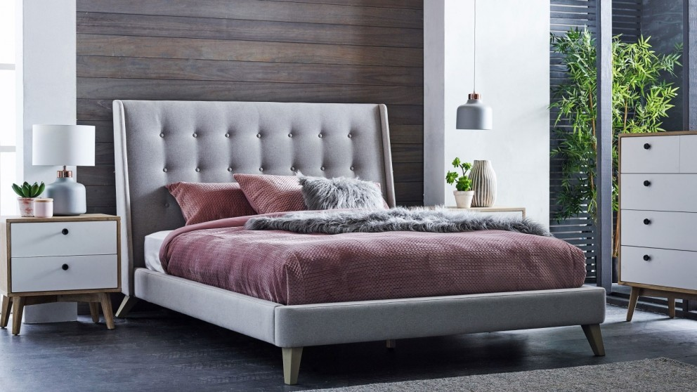 bedrooms bed sleigh hammond la queen category furniture crown sheffield bedroom mark rossie