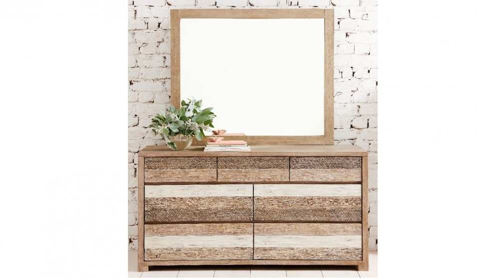 Seashore 7 Drawer Dresser and Mirror