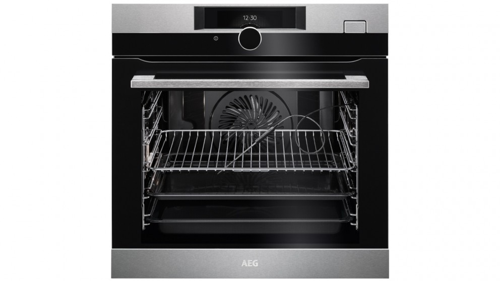 AEG 600mm 21 Function SteamBoost PyroLuxe Oven