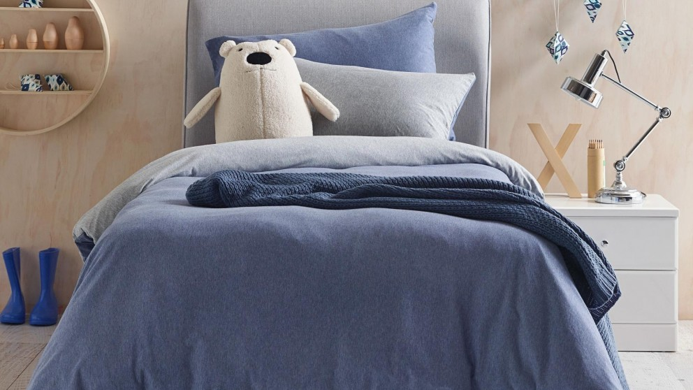 Cozi Navy Double Quilt Cover and Fitted Sheet Set