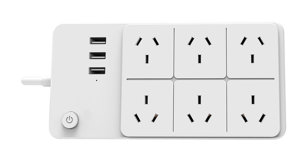 Connect Smart Powerboard with 3 USB Charging Ports