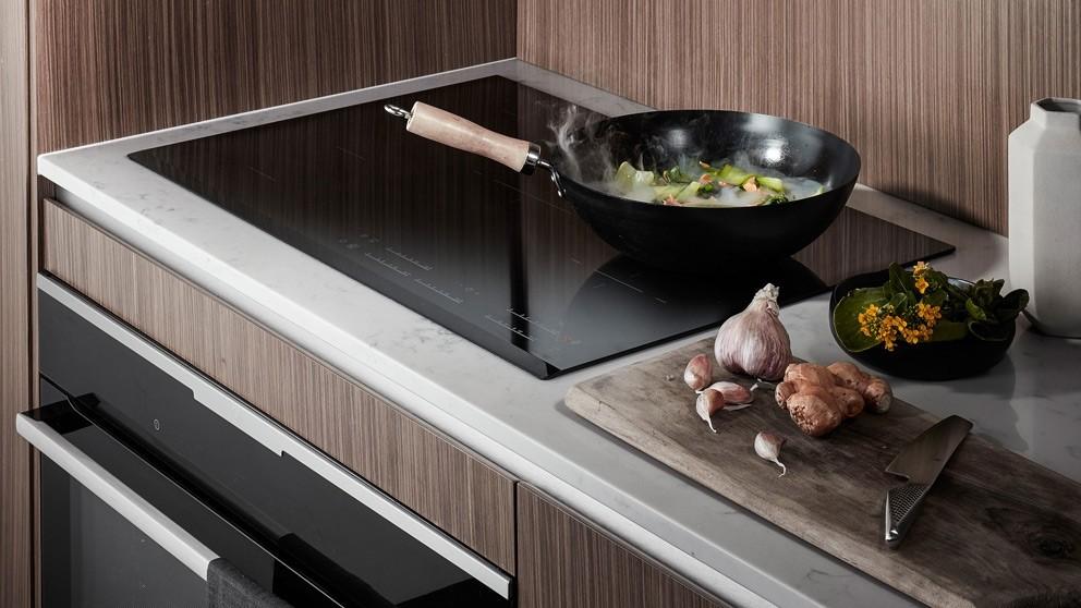 Electrolux 900mm Maxisense Ceramic Cooktop