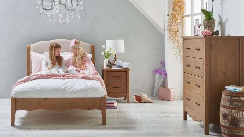 Eloise Bed