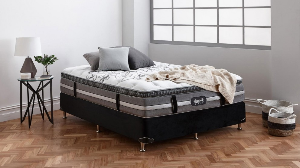 Beautyrest Black Tribeca Plush Queen Ensemble