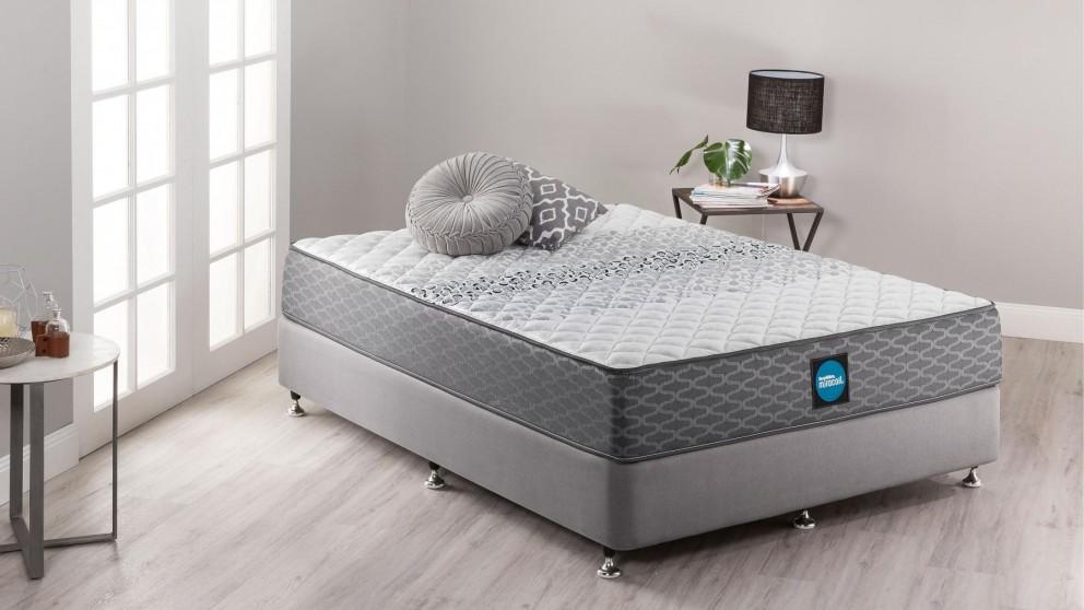 SleepMaker Miracoil Flex Comfort Firm Queen Ensemble