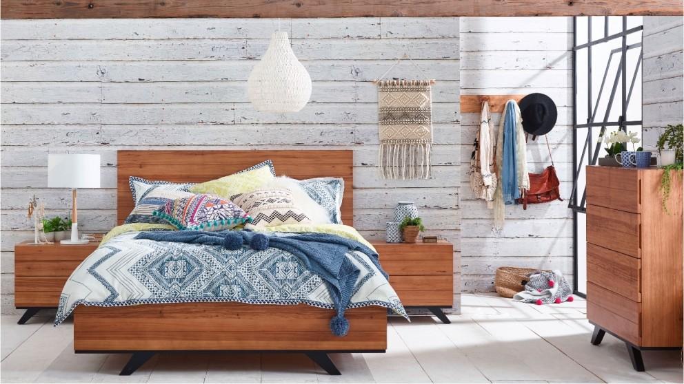 Gordon Bed - Natural