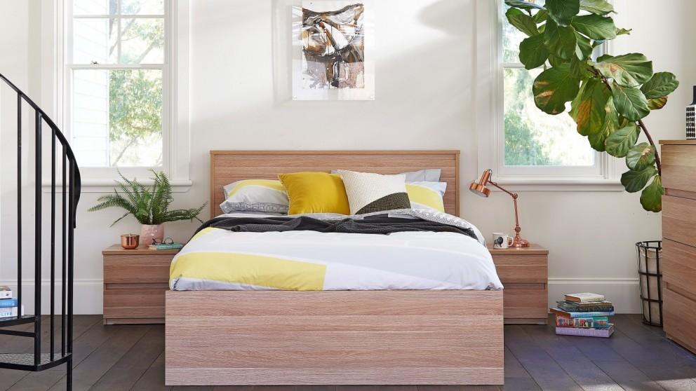 Norway Queen Bed