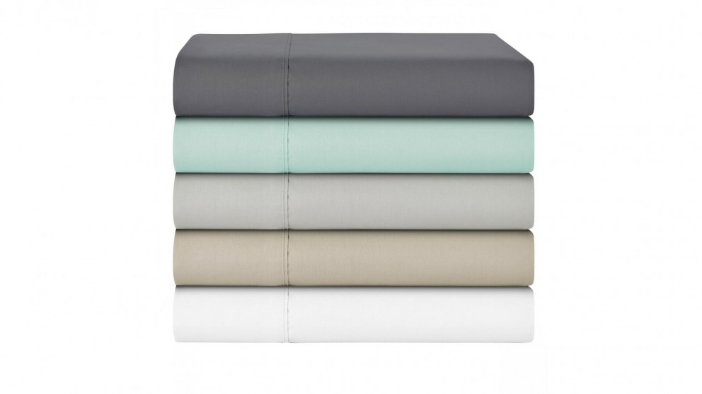 L'Avenue 300 Thread Count Queen Sheet Set - Silver