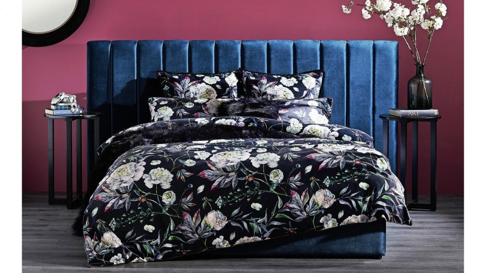 Leah Night Queen Quilt Cover Set