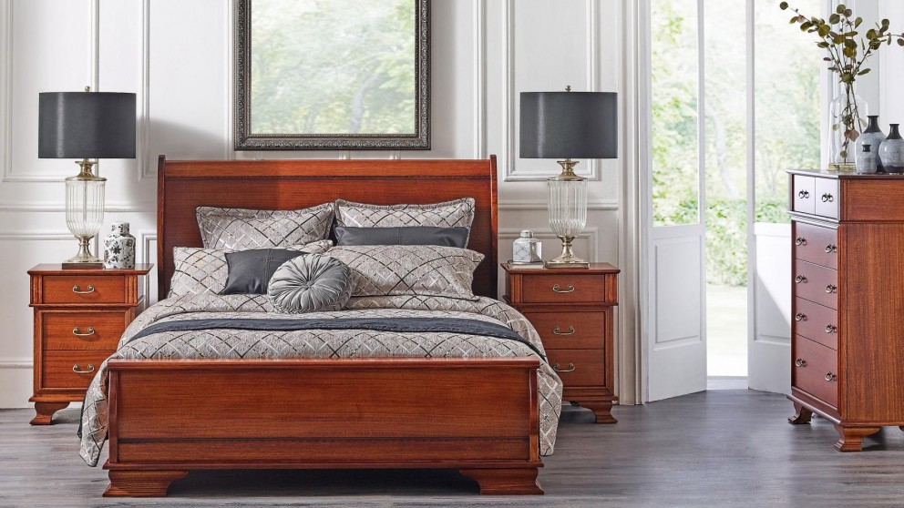 Emerson Doona Foot Queen Bed