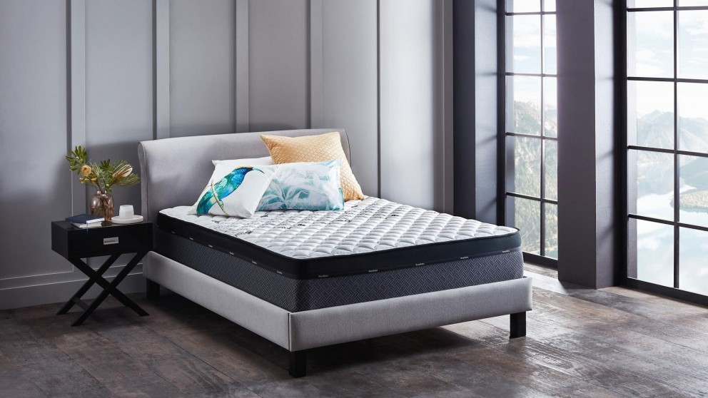 SleepMaker Miracoil Equalize Mattress