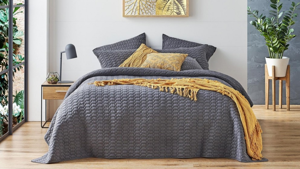 L'Avenue Drazan Charcoal Coverlet Set