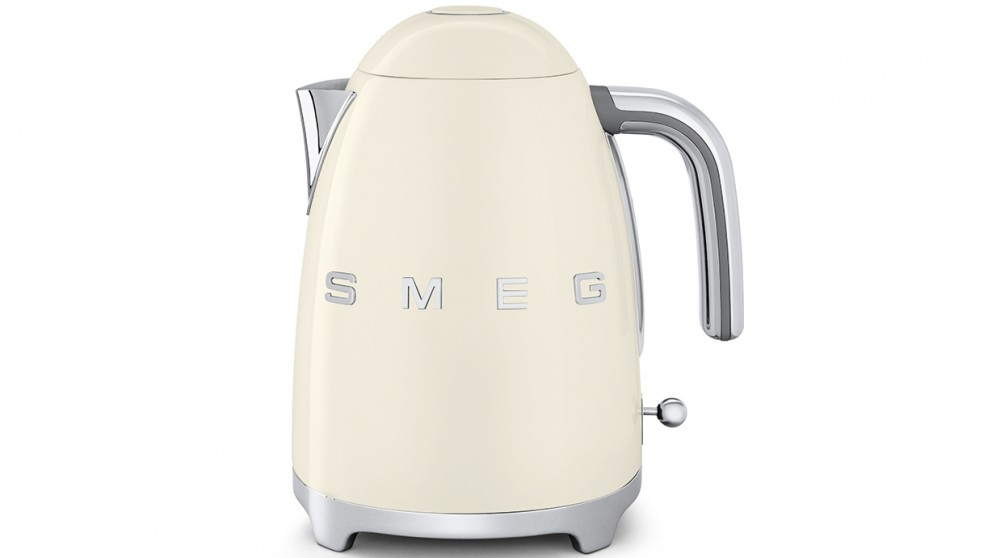 Smeg 50's Style Badged Kettle - Cream