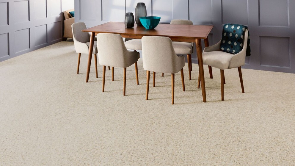 Everstrand Sculptured Touch Vanilla Steam Carpet Flooring