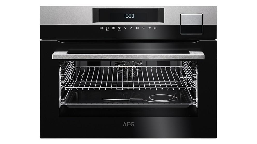 AEG 45cm SteamPro Steam Oven