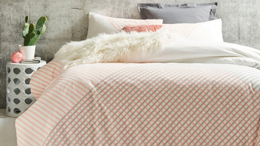 Lonnie Peach Double Quilt Cover Set