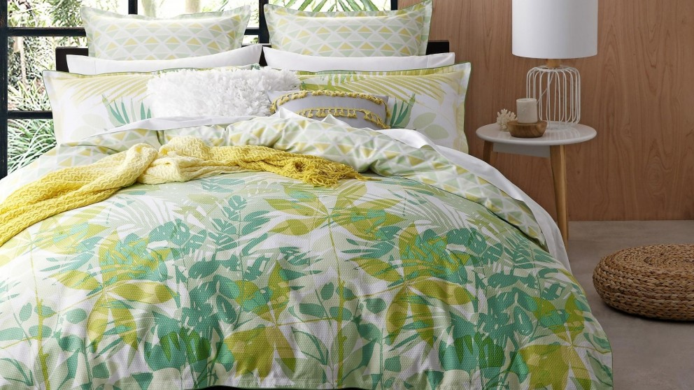 Lorne Green Double Quilt Cover Set