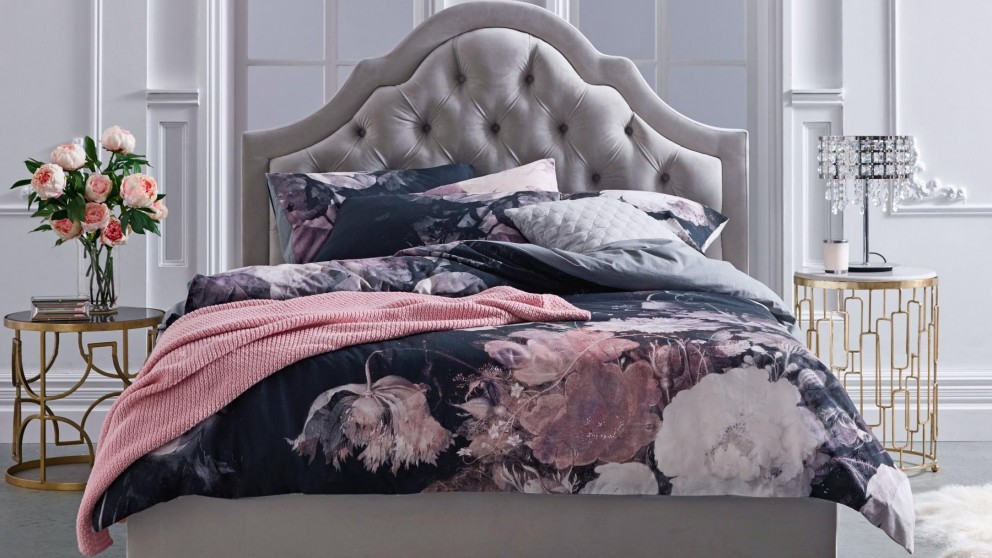 Marselha Black Queen Quilt Cover Set
