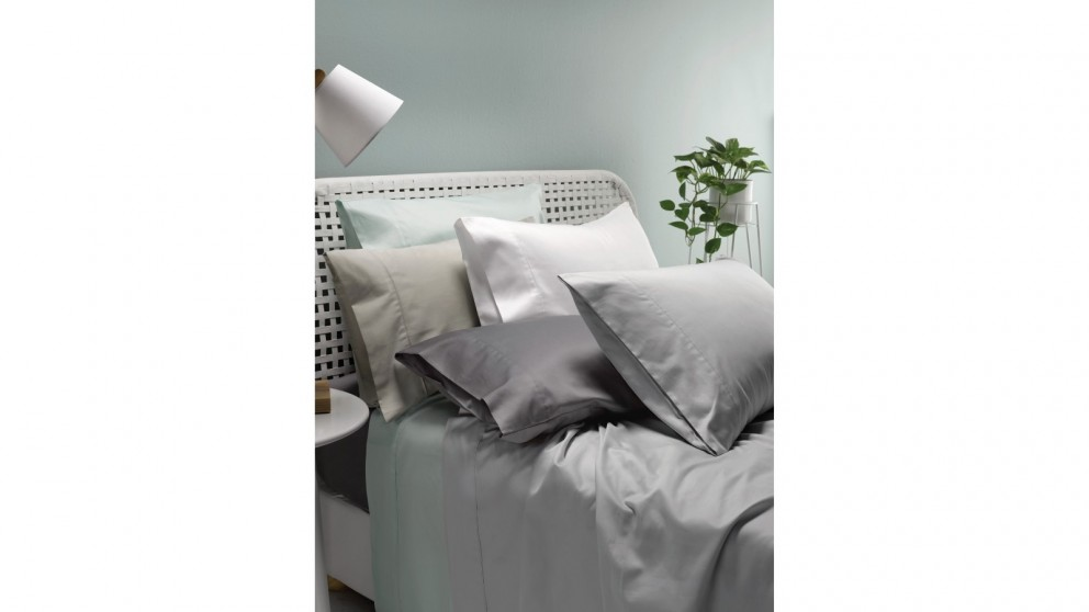 L'Avenue 300 Thread Count King Sheet Set - Stone