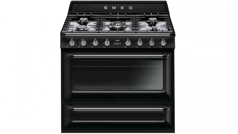 Smeg 900mm Victoria Collection Freestanding Cooker - Black