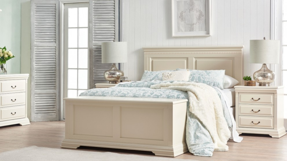Victoria 4 - Piece King Bedroom Suite