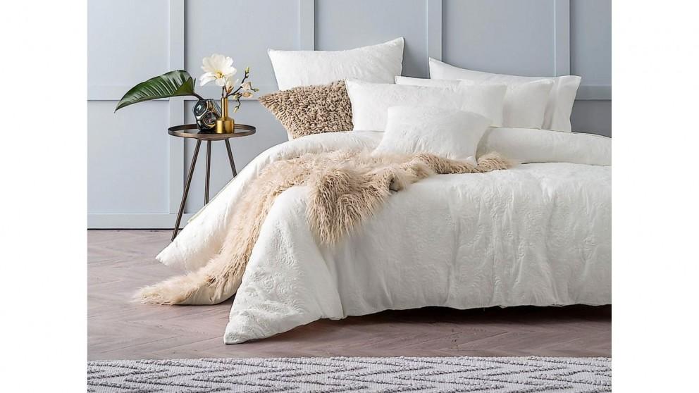 Cavello White Quilt Cover Set