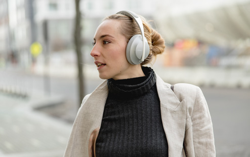 Headphones 700