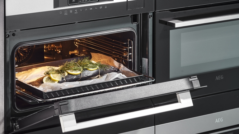 AEG COOKING APPLIANCES