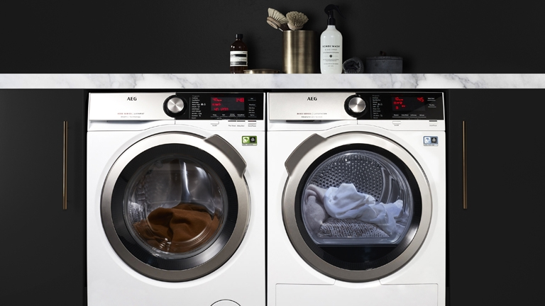 AEG LAUNDRY APPLIANCES