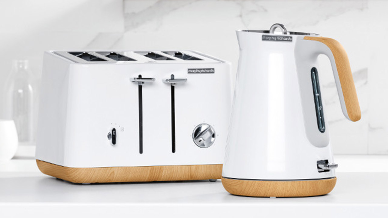 White Kitchen Kettle