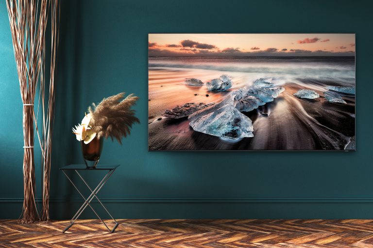 SAMSUNG 65-INCH Q900 8K QLED SMART TV