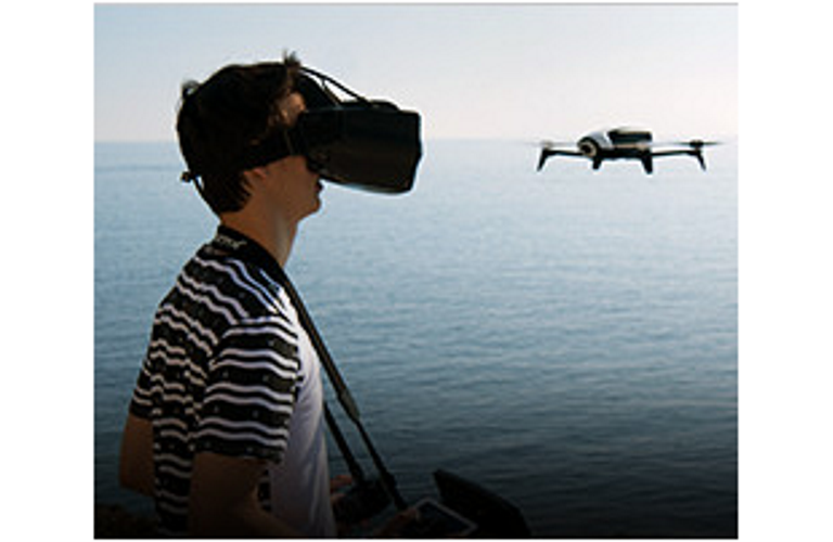 Bebop 2 VR lifestyle photo
