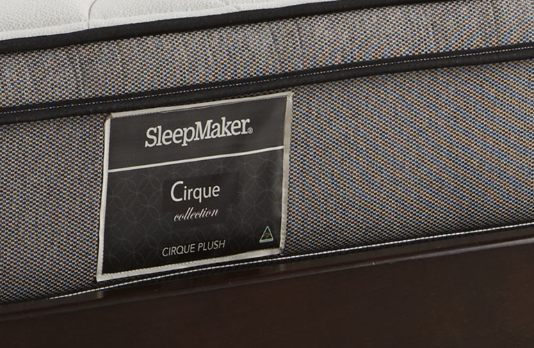cirque plush mattress