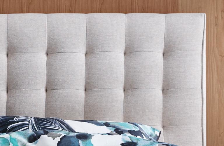 corsica queen bed