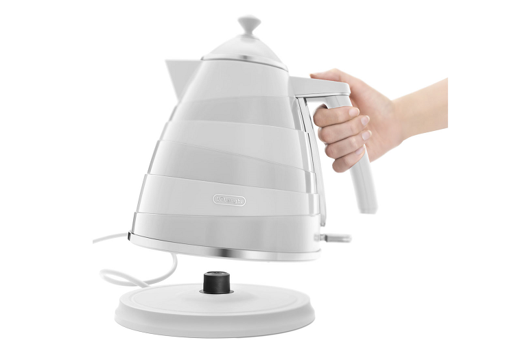 The Avvolta kettle being lifted from its swivel base