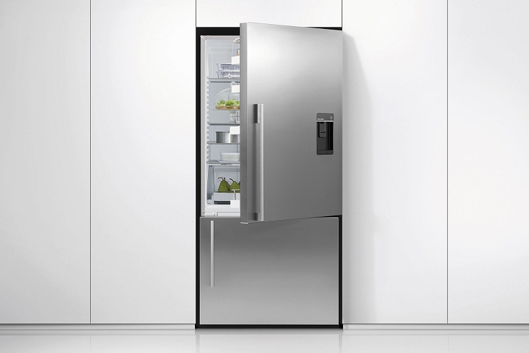 The Fisher & Paykel 519L fridge in a modern kitchen