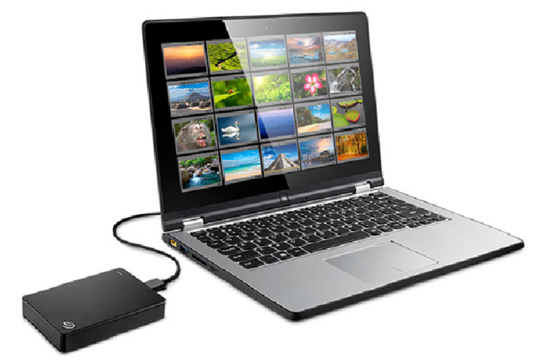 The Segate Backup Plus portable connected to a laptop