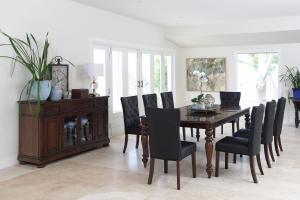 summerfield dining suite