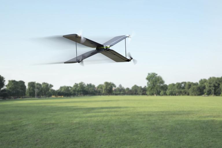 parrot swing drone preparing for FTL travel