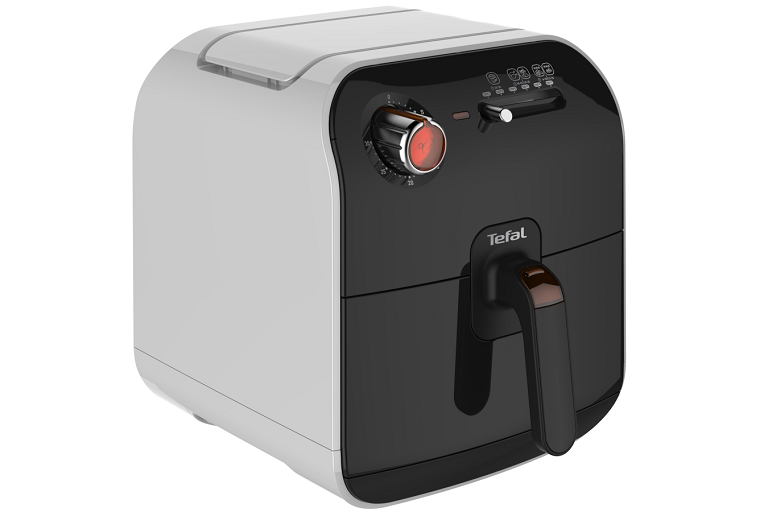 Angled image of the Tefal Fry Delight Fryer